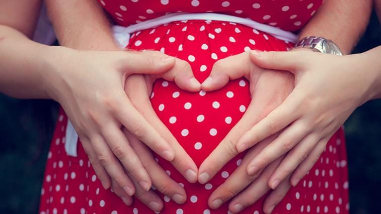 A terhesség hétről hétre: Mi történik a babával és a mamával?