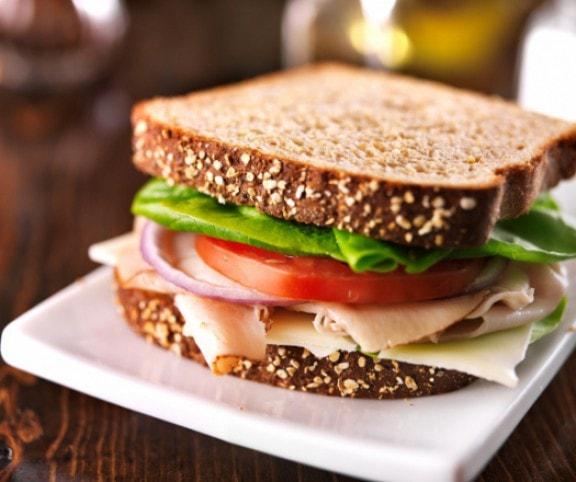 Szendvics diéta alatt? 5 tipp, amivel megoldhatod! | Peak girl