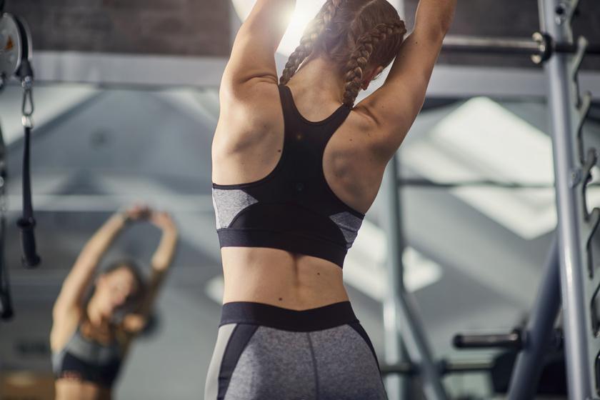 Sport nélkül mennyi kalóriát éget el az ember egy nap?