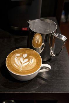 Hogyan készítsünk őrölt kávét egy pohárban: főzési módszerek